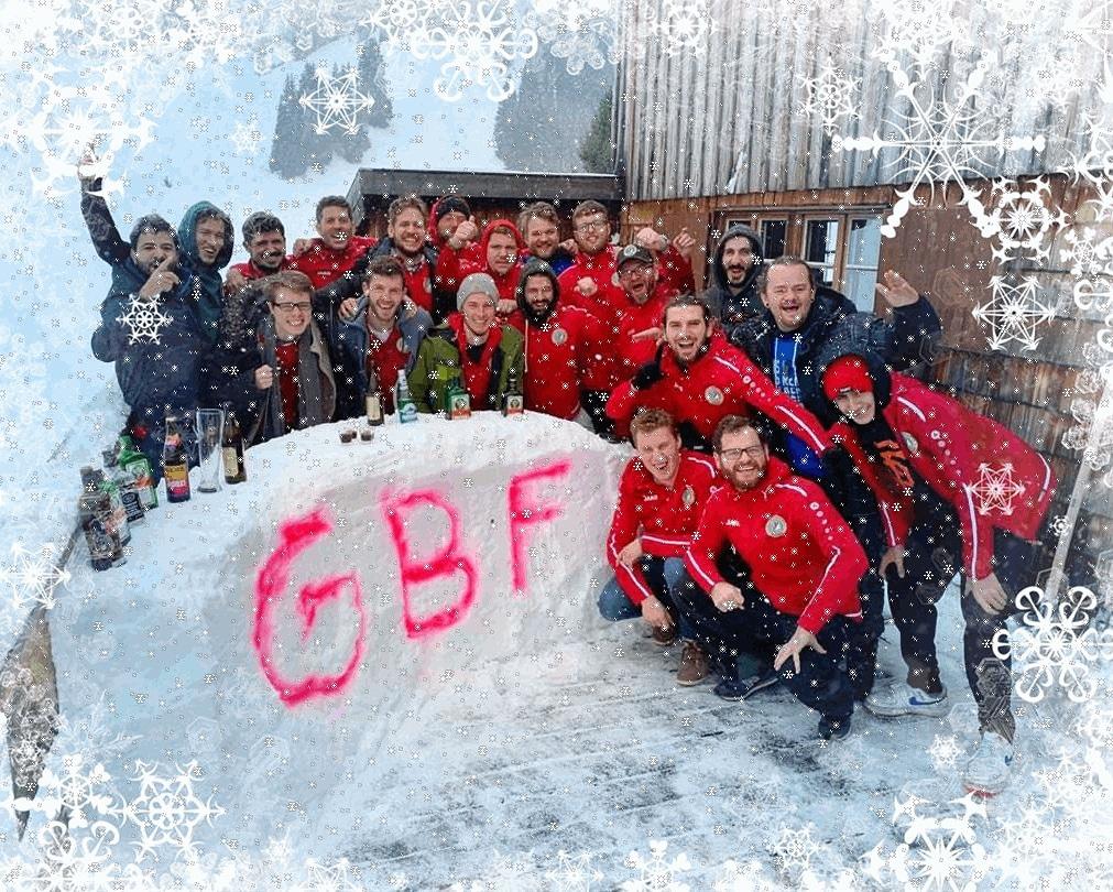 Die GBF Fußballmannschaft wünscht frohe Weihnachten!